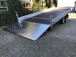 Humbaur All-Comfort-Kantelbare-Autotransporter